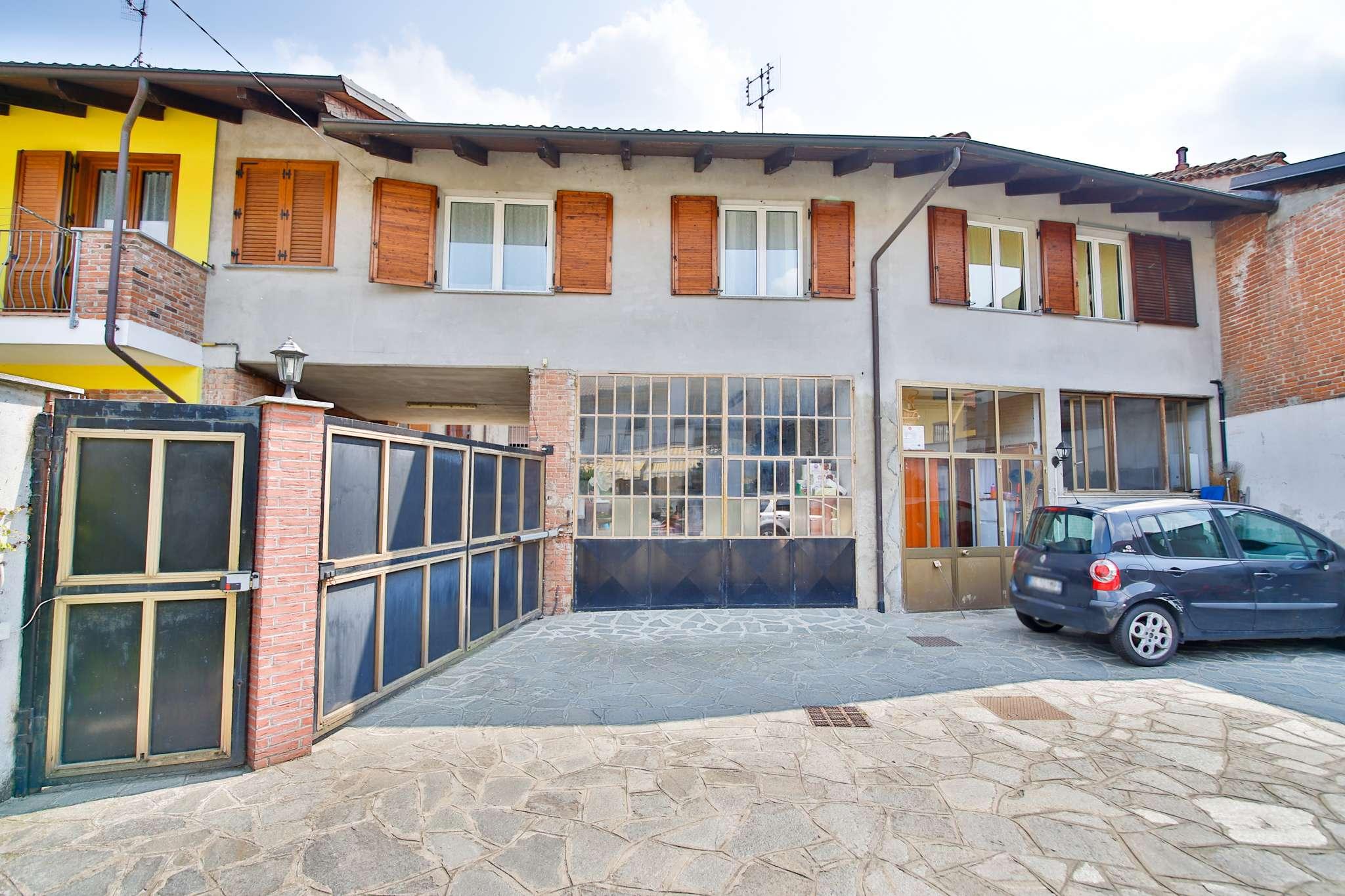 Appartamento in vendita a Chivasso, 3 locali, prezzo € 135.000   CambioCasa.it