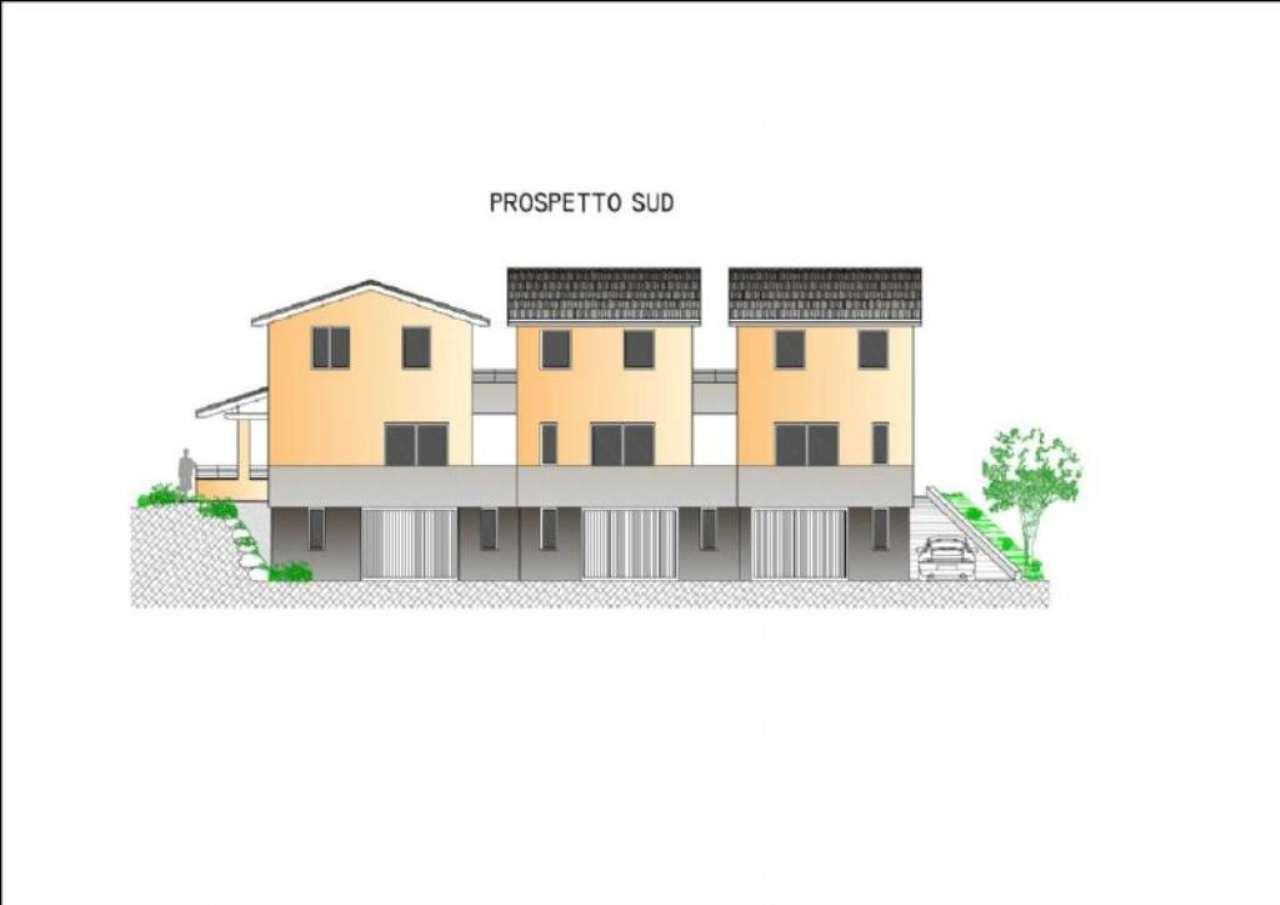 Villa in vendita a Darfo Boario Terme, 8 locali, prezzo € 270.000 | CambioCasa.it
