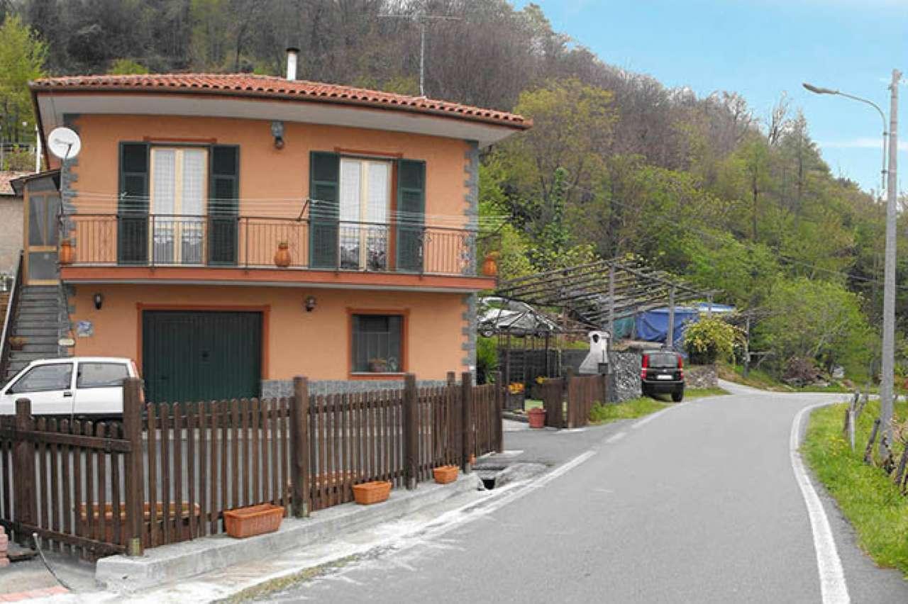 Soluzione Indipendente in vendita a Varazze, 6 locali, prezzo € 380.000 | CambioCasa.it