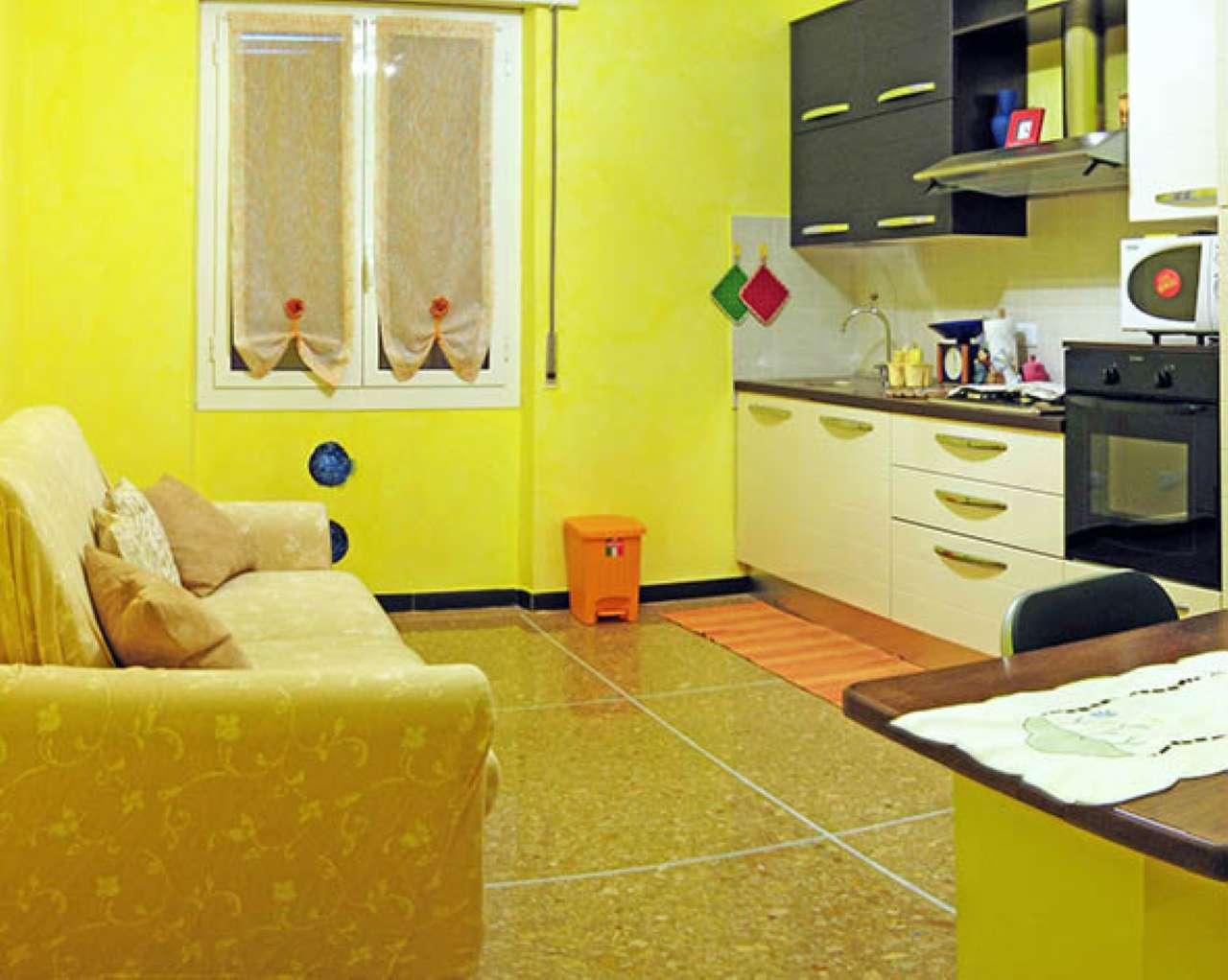 Appartamento in vendita a Varazze, 4 locali, prezzo € 320.000 | CambioCasa.it