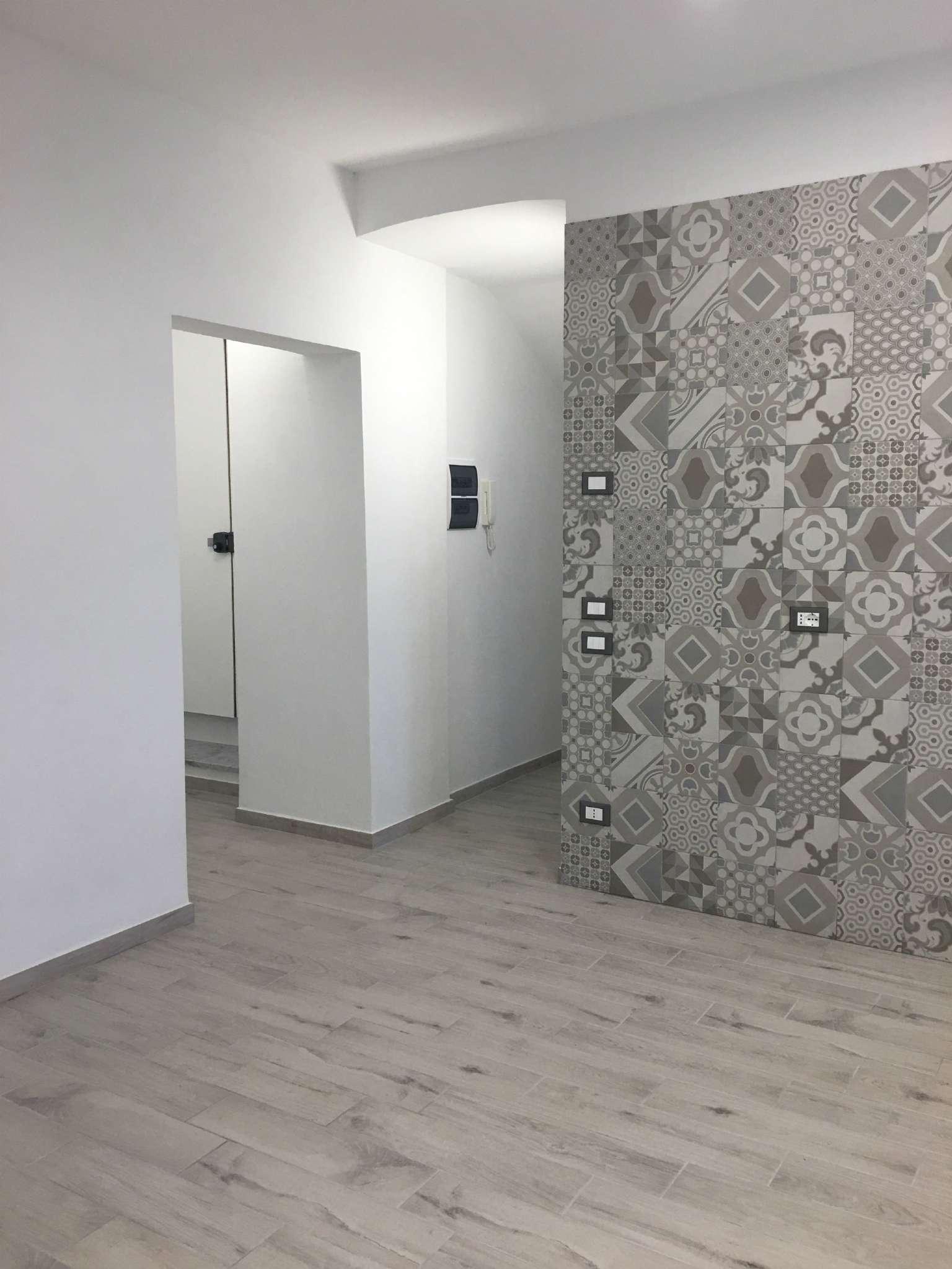 Stanza / posto letto ristrutturato in vendita Rif. 7968389