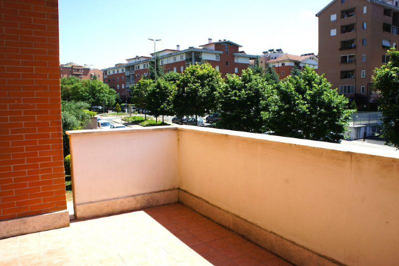 Appartamento in affitto con terrazzo a roma pag 17 for Affitto roma laurentina