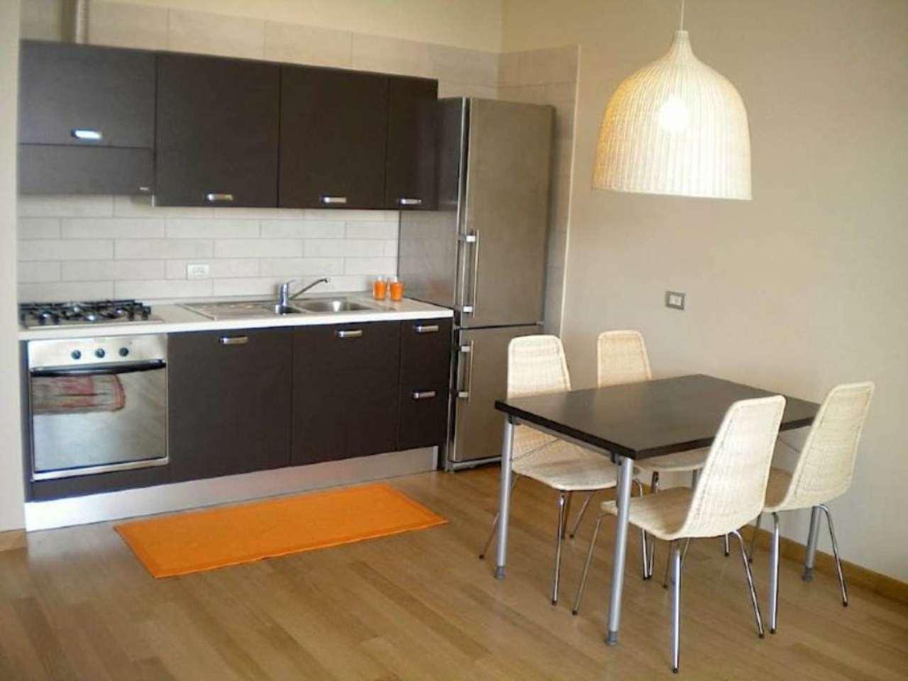 Appartamento in ottime condizioni arredato in vendita Rif. 7348526