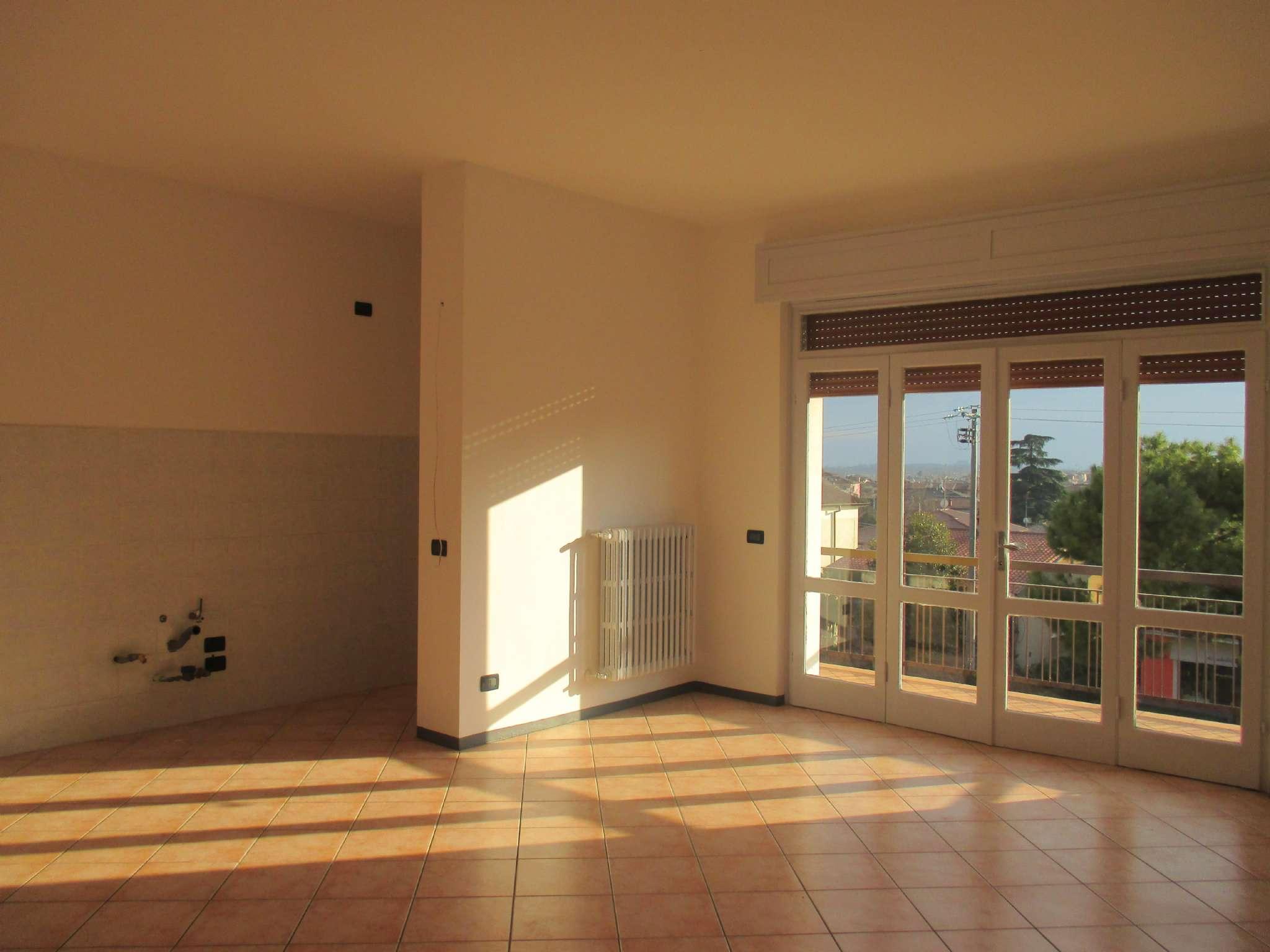 Appartamento in affitto a Bedizzole, 3 locali, prezzo € 500 | CambioCasa.it