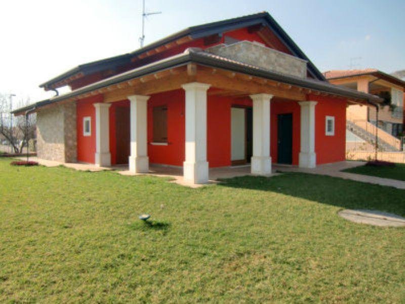 Villa in vendita a Paitone, 4 locali, prezzo € 380.000 | PortaleAgenzieImmobiliari.it