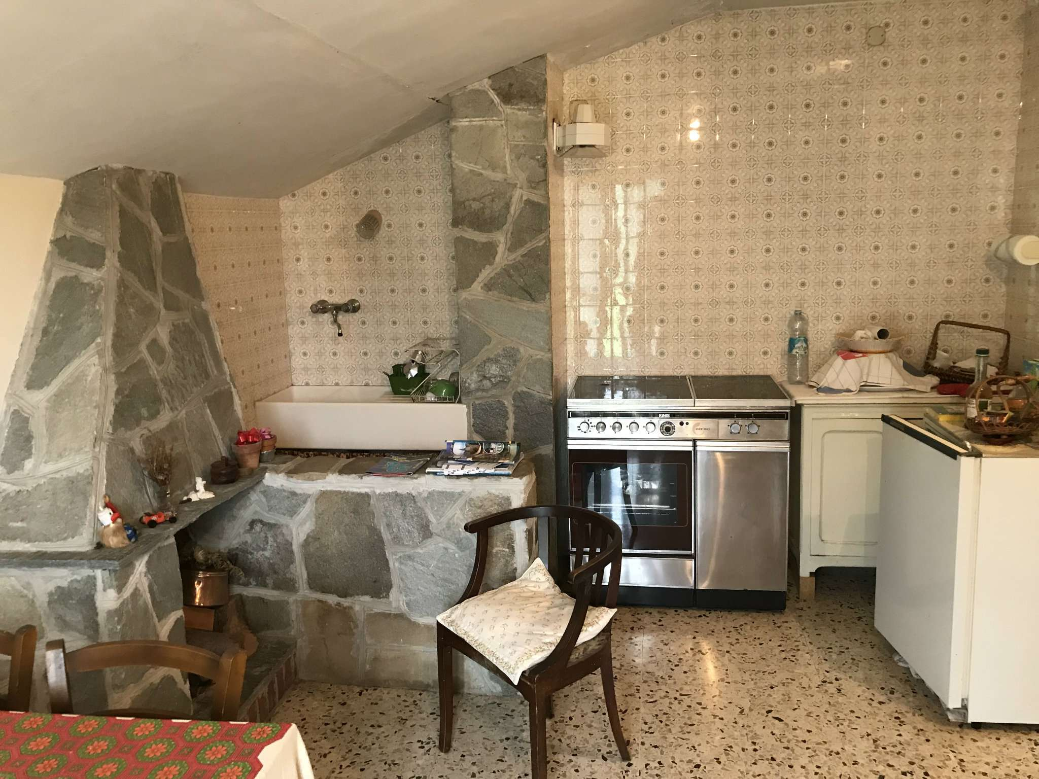 Appartamento in condizioni mediocri in vendita Rif. 8157005