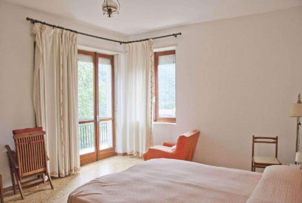 Appartamento in discrete condizioni in vendita Rif. 4963915
