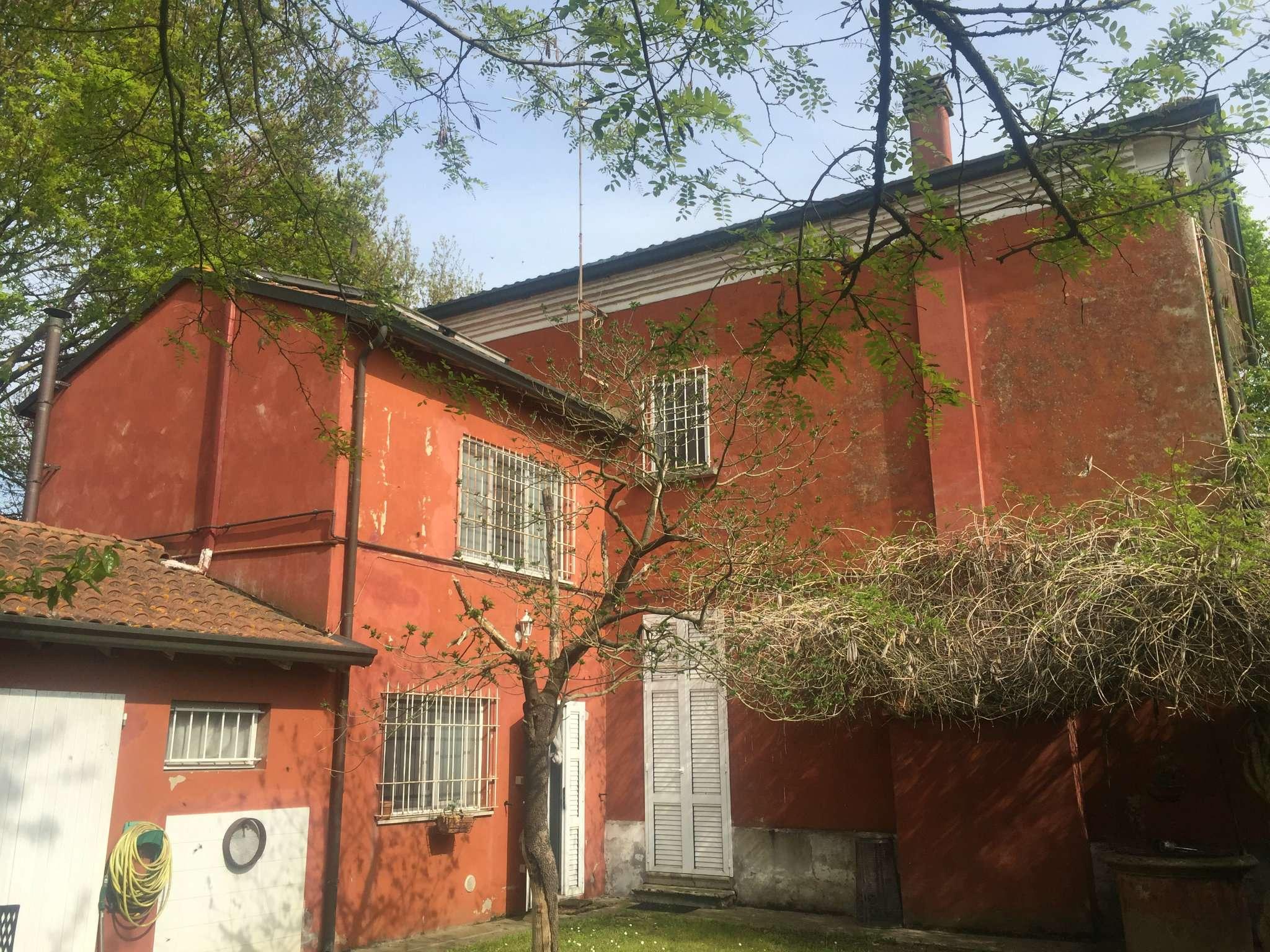 Foto 1 di Villa Alfonsine