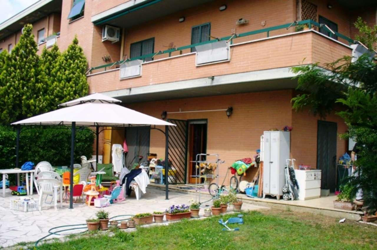 Villa Bifamiliare in vendita a San Polo dei Cavalieri, 4 locali, prezzo € 190.000 | CambioCasa.it