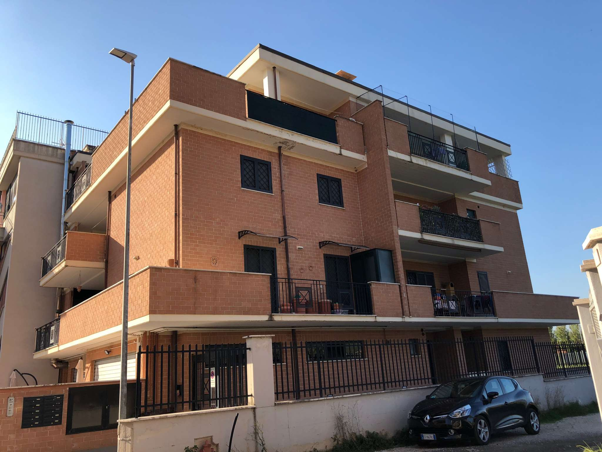 Appartamento in vendita a Tivoli, 3 locali, prezzo € 138.000 | CambioCasa.it