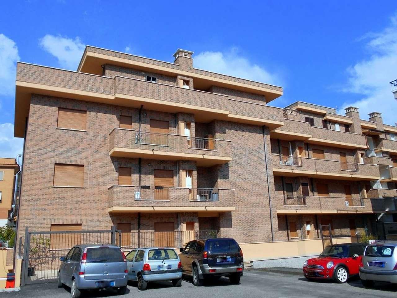 Appartamento in vendita a Tivoli, 2 locali, prezzo € 115.000 | CambioCasa.it