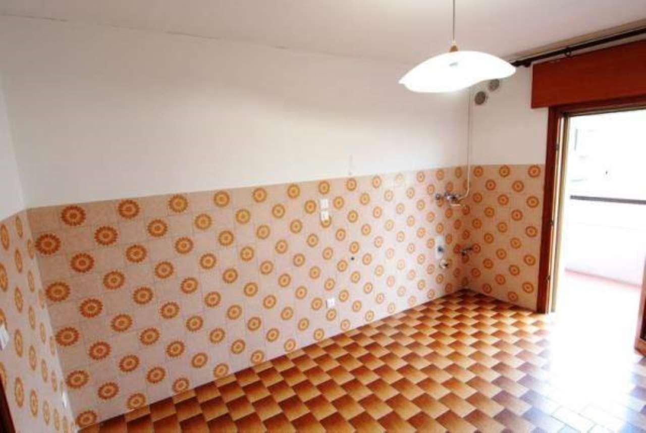 Appartamento in buone condizioni in affitto Rif. 8760470