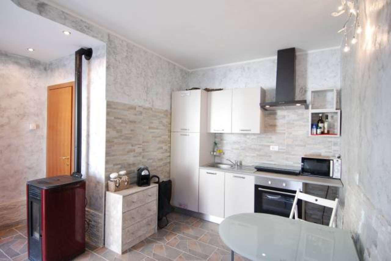 Appartamento in ottime condizioni arredato in vendita Rif. 9258975