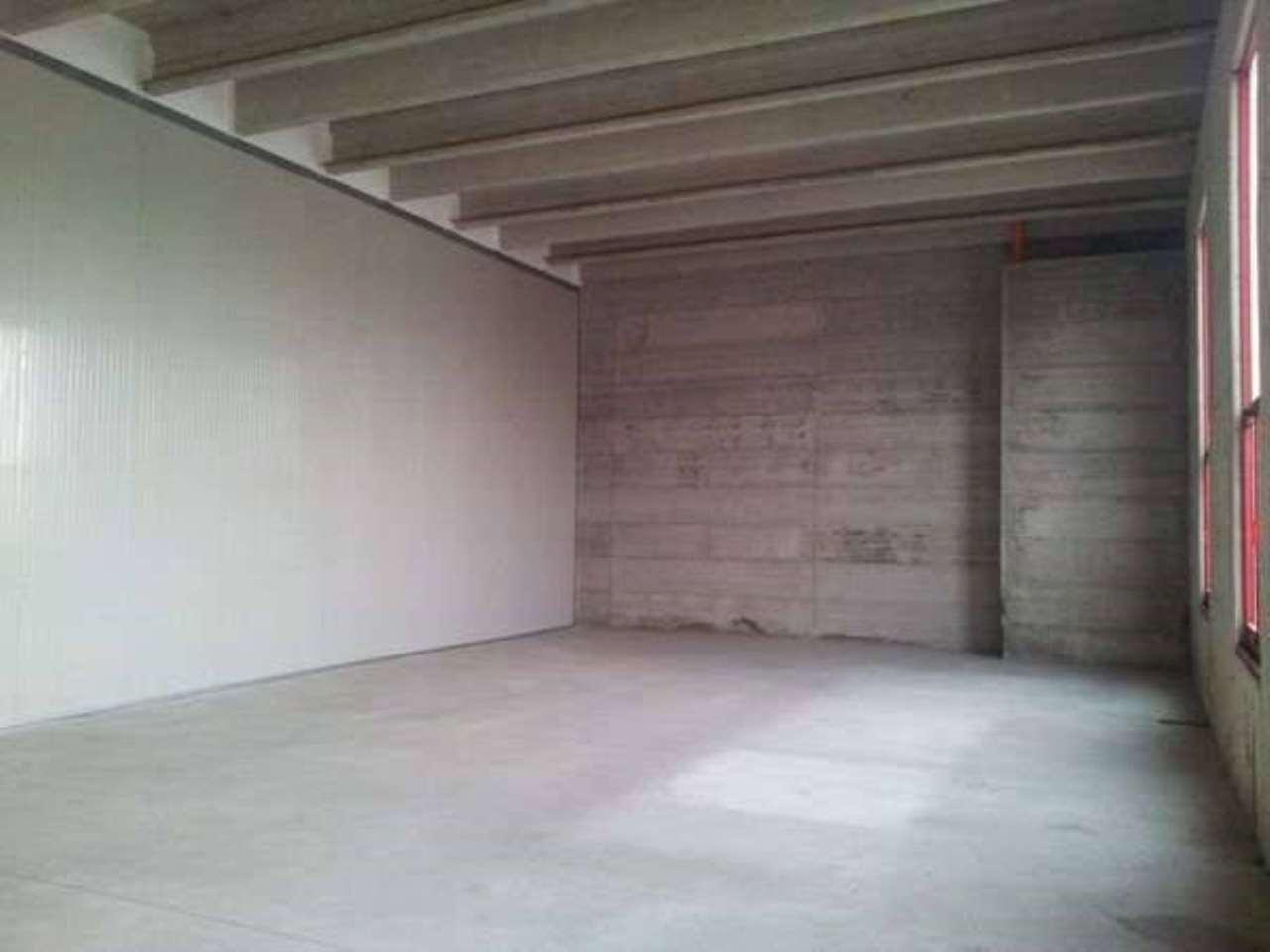 Capannone in affitto a Camisano Vicentino, 3 locali, prezzo € 800   PortaleAgenzieImmobiliari.it