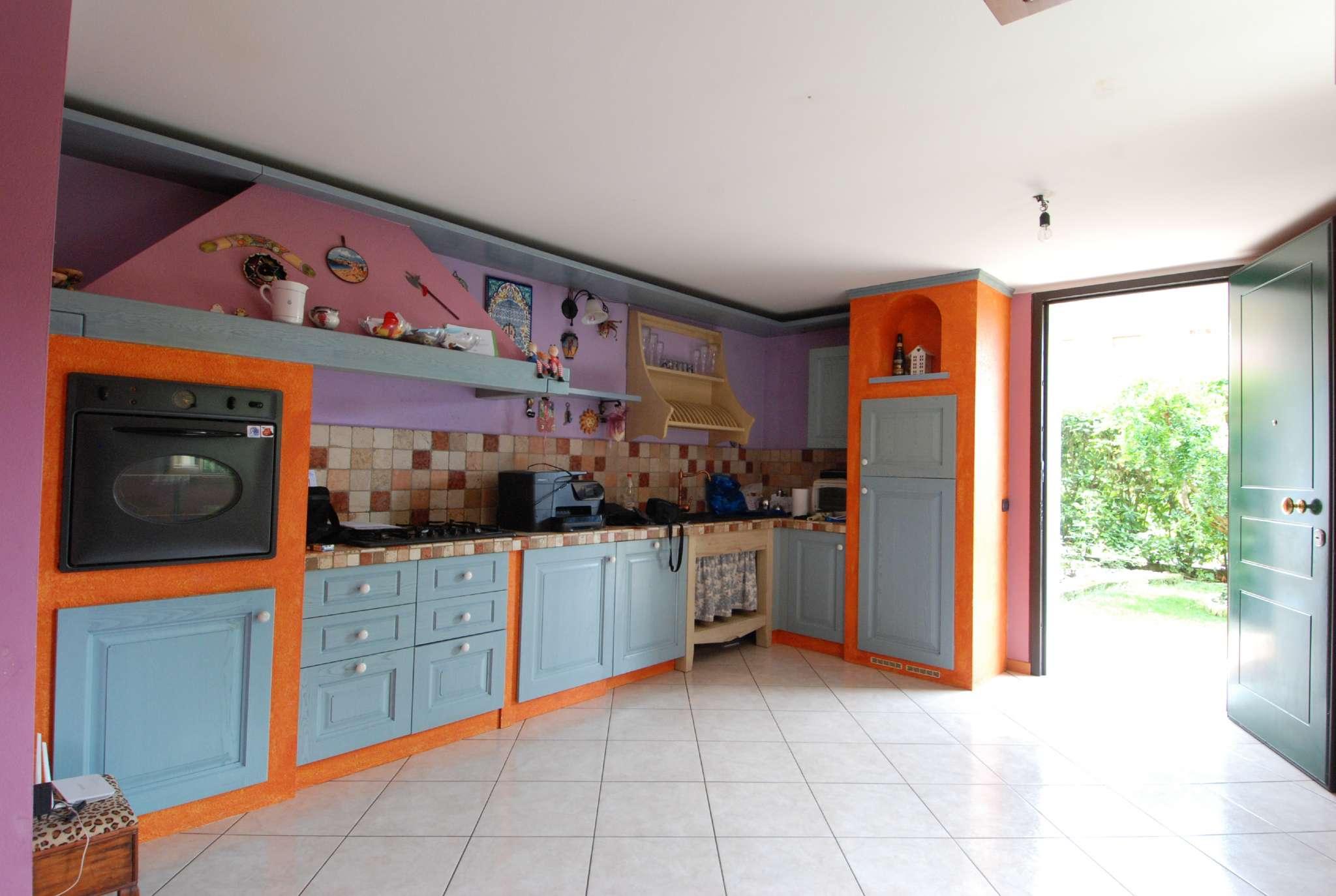 Grantorto: appartamento su due livelli con giardino