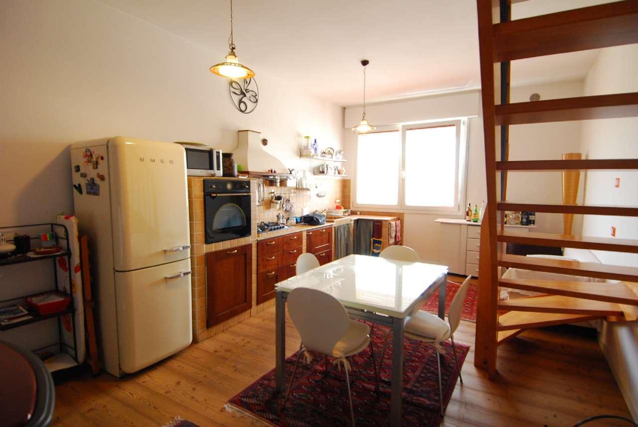 Appartamento in buone condizioni in vendita Rif. 9155582