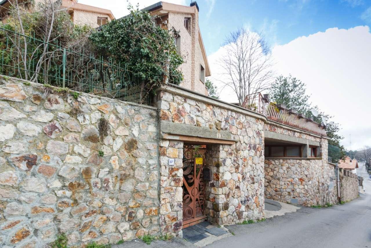 Villa in vendita a Allumiere, 9 locali, prezzo € 370.000 | CambioCasa.it