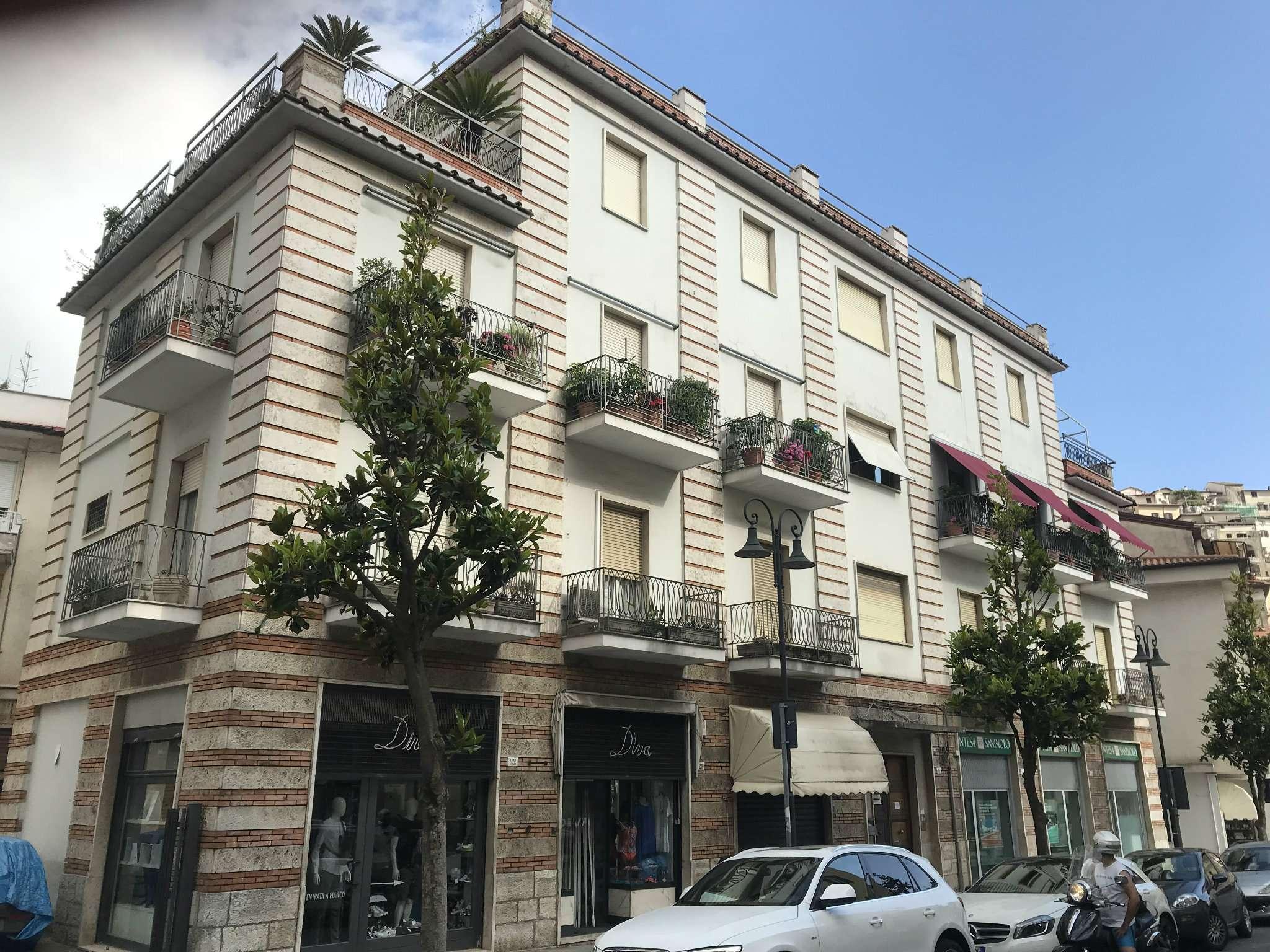Appartamento in vendita a Itri, 4 locali, prezzo € 169.000 | CambioCasa.it