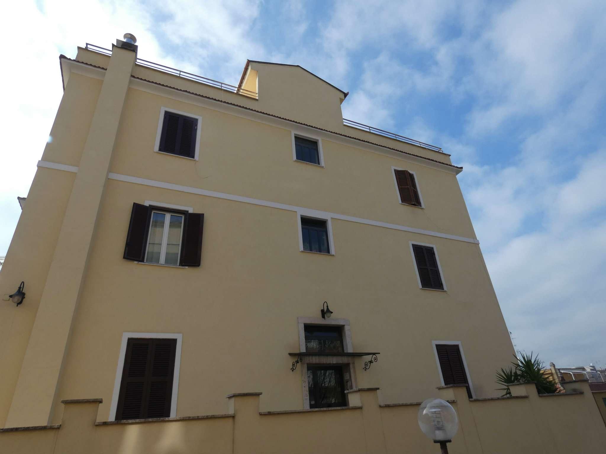 Appartamento in vendita a Roma, 2 locali, zona Zona: 24 . Gianicolense - Colli Portuensi - Monteverde, prezzo € 159.000   CambioCasa.it