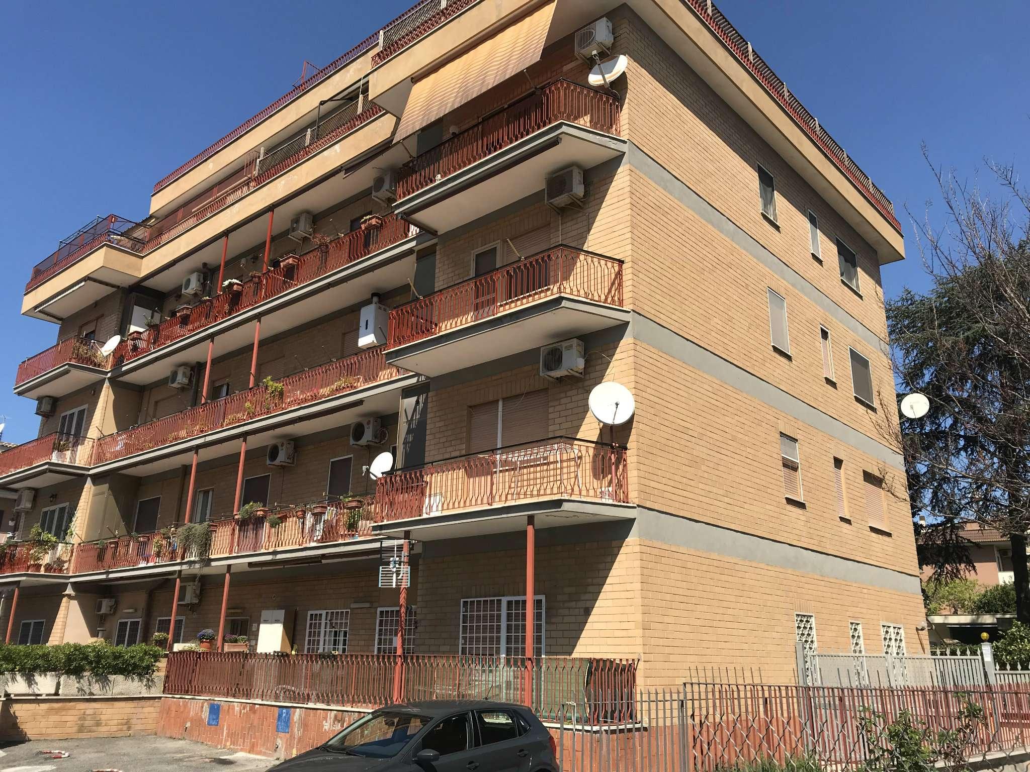 Appartamento in vendita a Roma, 6 locali, zona Zona: 40 . Piana del Sole, Casal Lumbroso, Malagrotta, Ponte Galeria, prezzo € 219.000 | CambioCasa.it