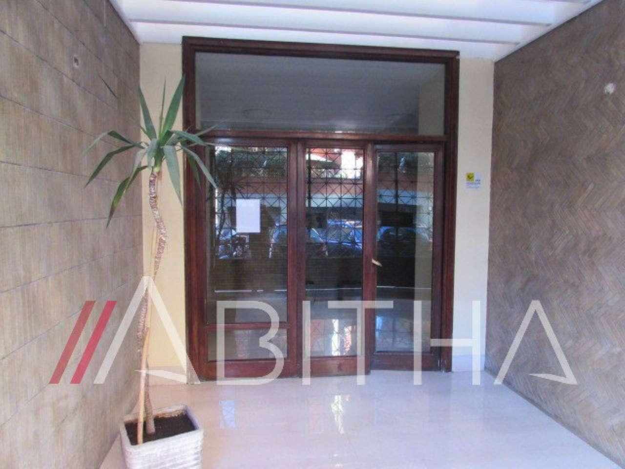 Appartamento in vendita a Roma, 3 locali, zona Zona: 25 . Trastevere - Testaccio, prezzo € 349.000 | CambioCasa.it