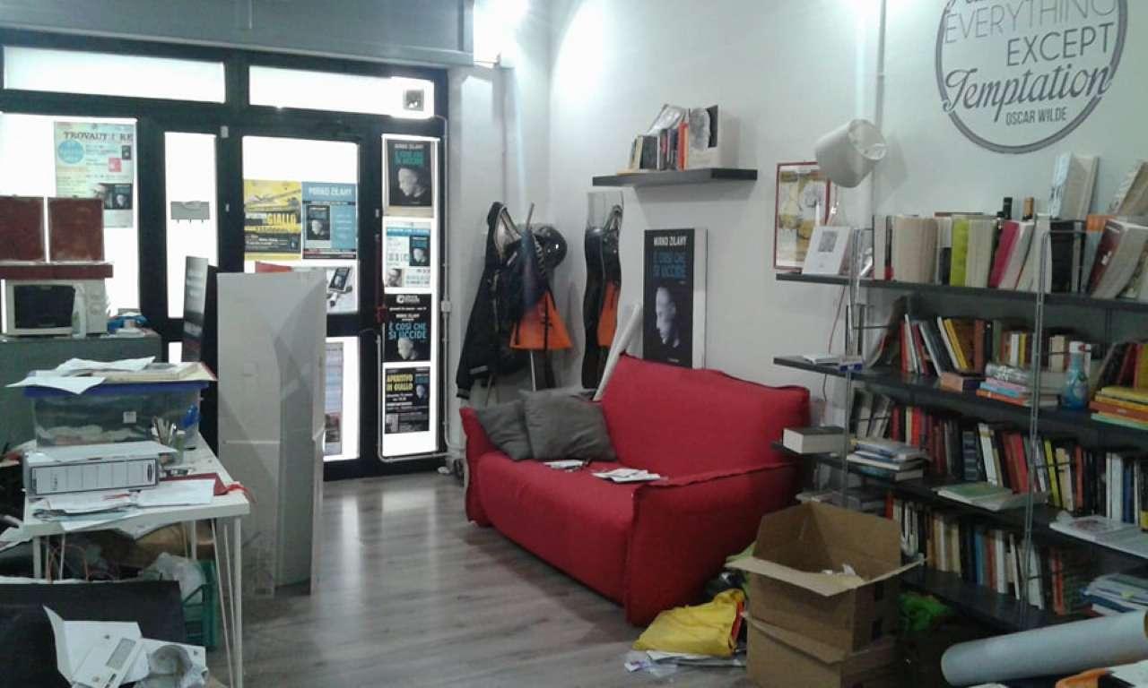 Negozio / Locale in vendita a Roma, 1 locali, zona Zona: 20 . Marconi - Ostiense, prezzo € 109.000 | CambioCasa.it