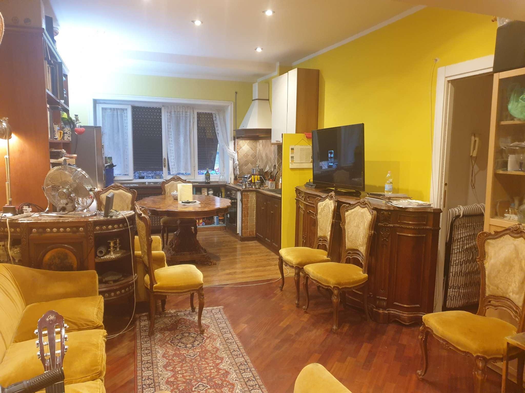 Appartamento in vendita a Roma, 4 locali, zona Zona: 20 . Marconi - Ostiense, prezzo € 259.000   CambioCasa.it