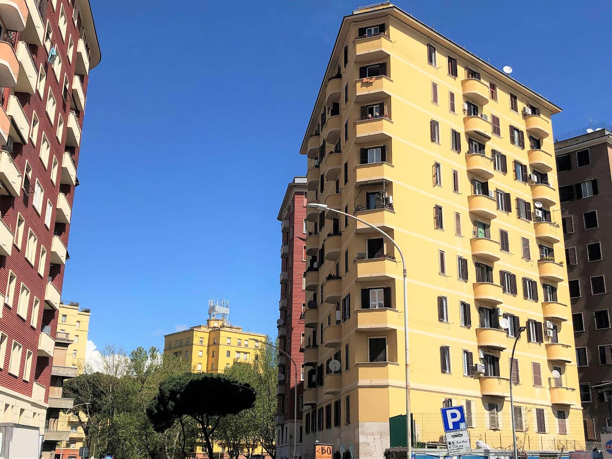 Appartamento in vendita a Roma, 2 locali, zona Zona: 14 . San Giovanni, Re di Roma, P.ta Metronia, prezzo € 239.000 | CambioCasa.it