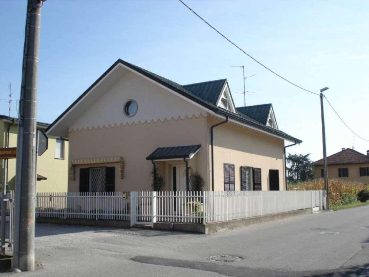 Villa in vendita a Dovera, 4 locali, prezzo € 260.000 | PortaleAgenzieImmobiliari.it