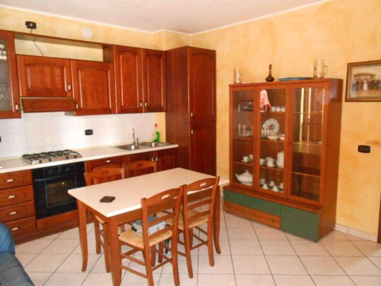 2 locali in vendita a Trescore Cremasco, centro.