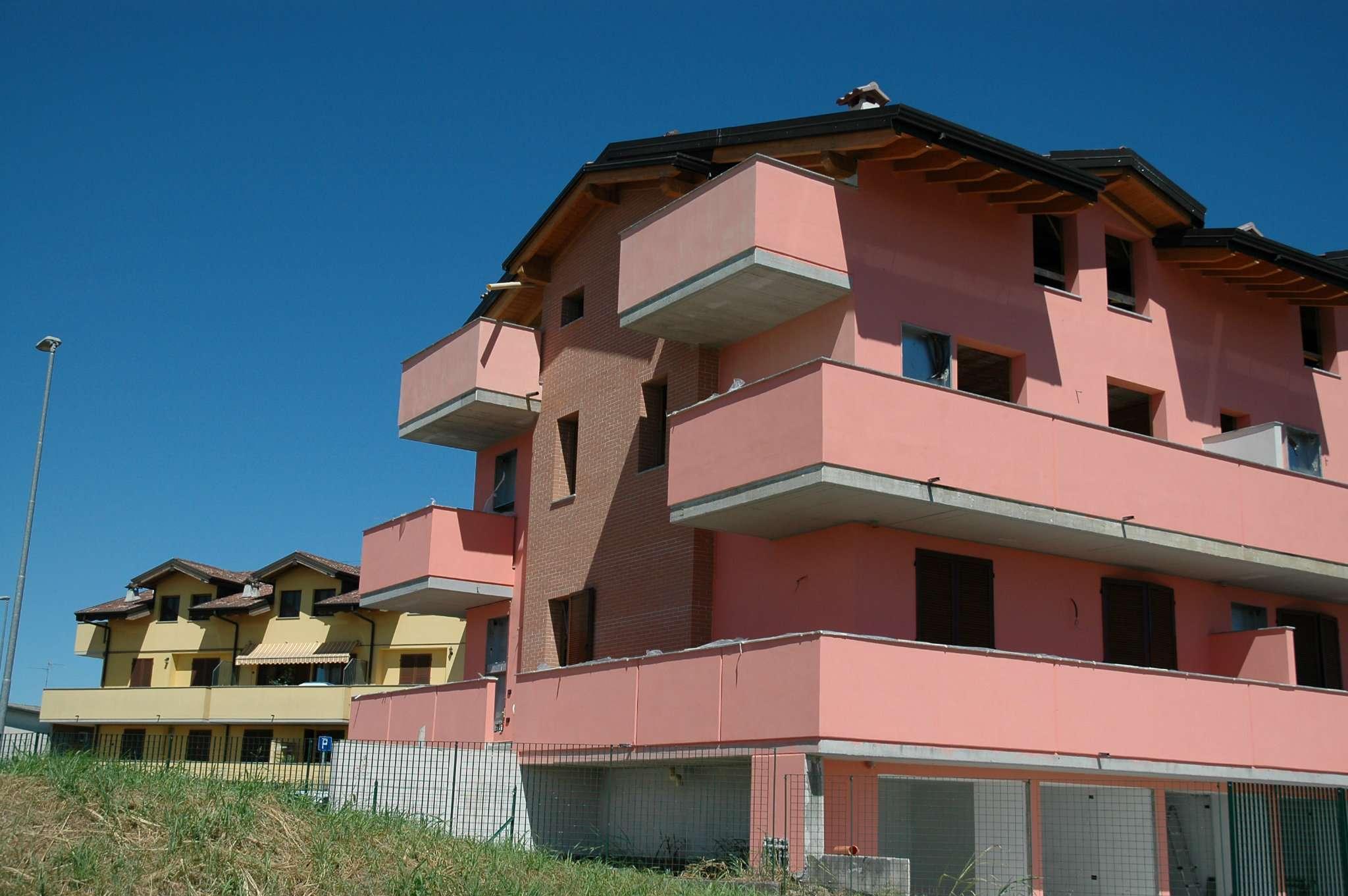 4 Locali nuovo, in vendita a Boffalora d'Adda
