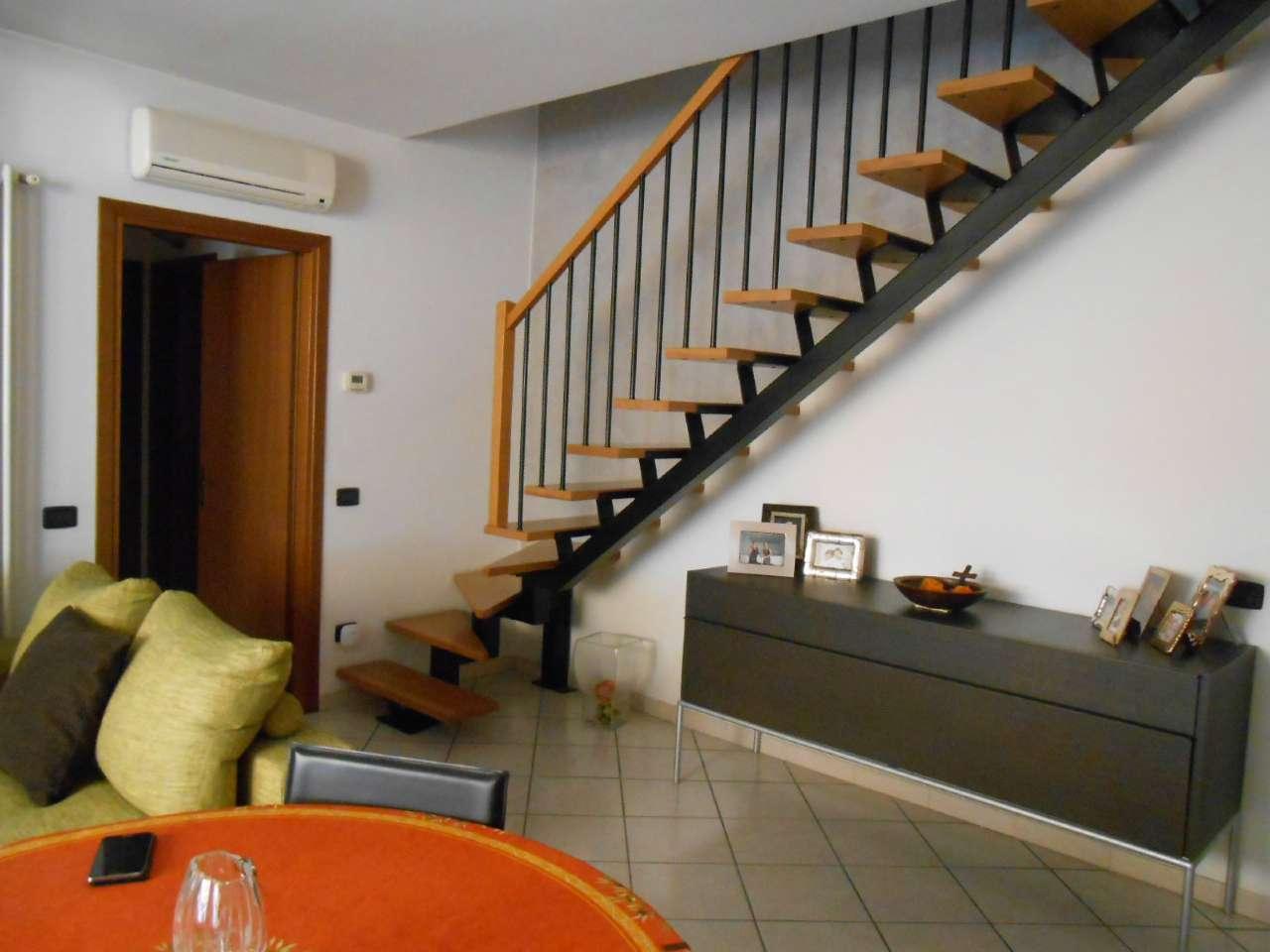 Appartamento in ottime condizioni in vendita Rif. 4967066