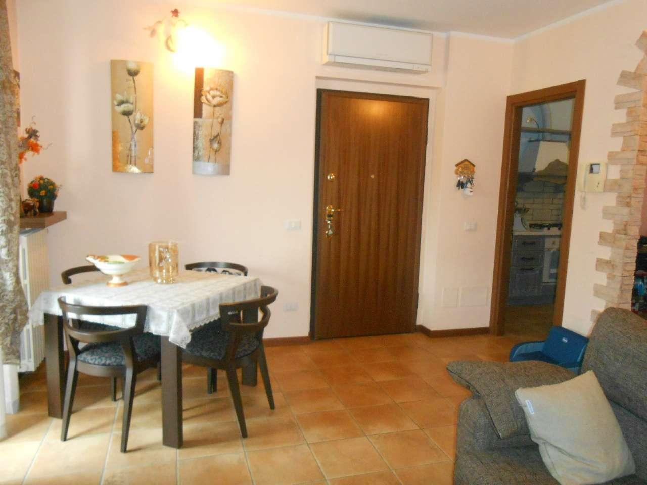 Appartamento in ottime condizioni in vendita Rif. 4967077