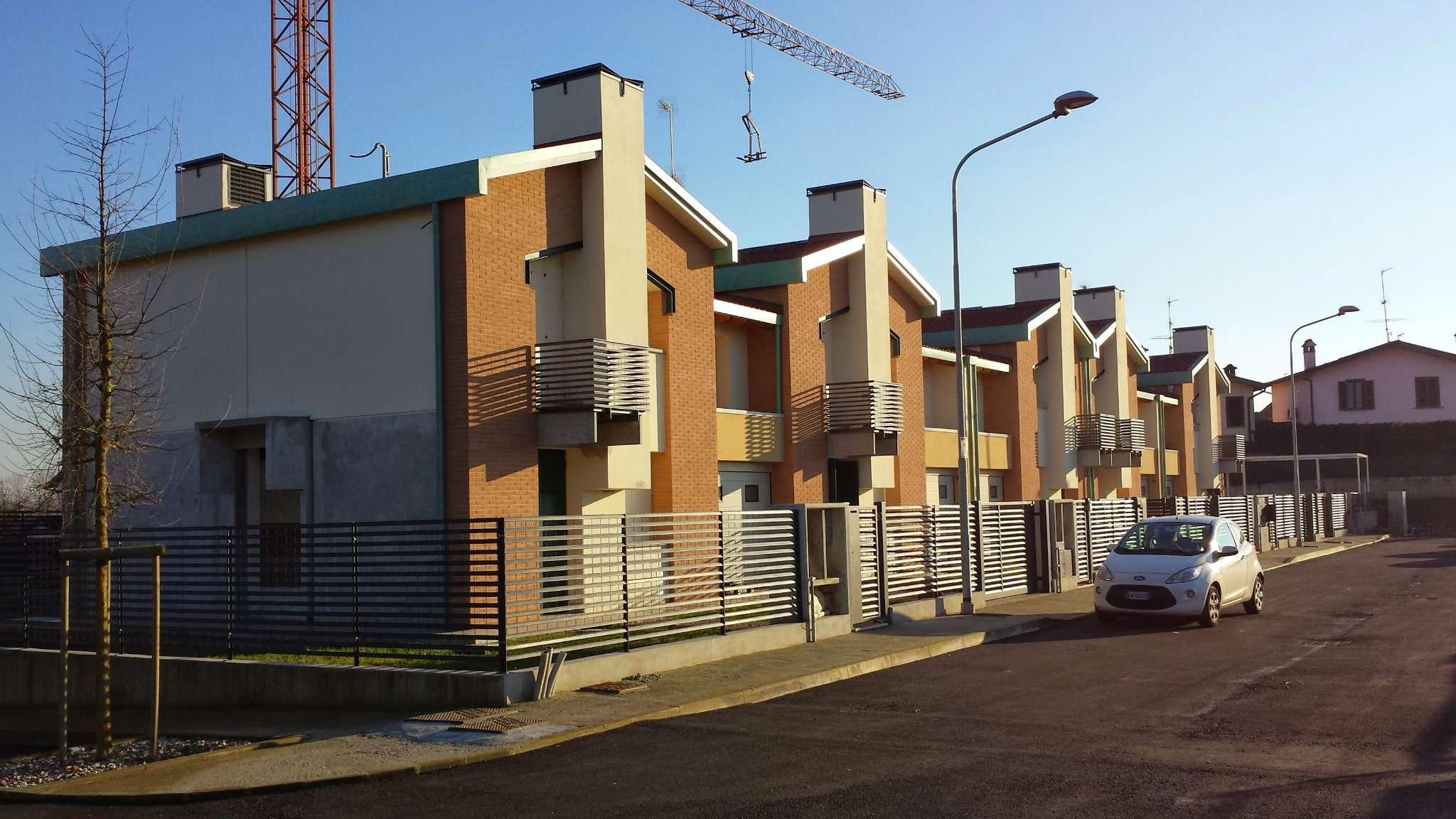 Villa in vendita a Melegnano, 5 locali, prezzo € 298.000 | PortaleAgenzieImmobiliari.it