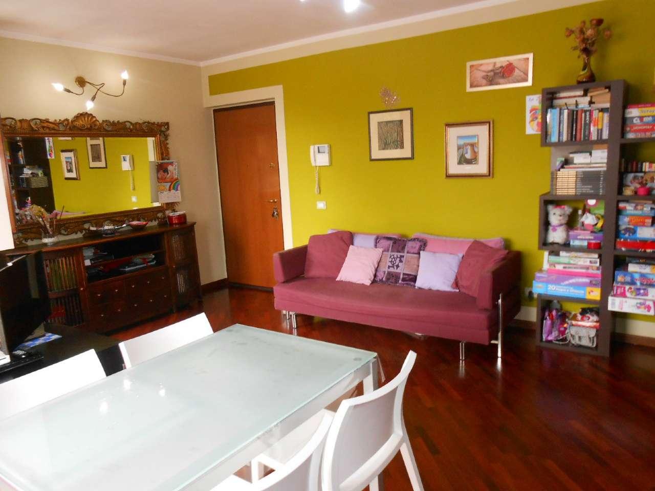 Appartamento in ottime condizioni in vendita Rif. 6758115