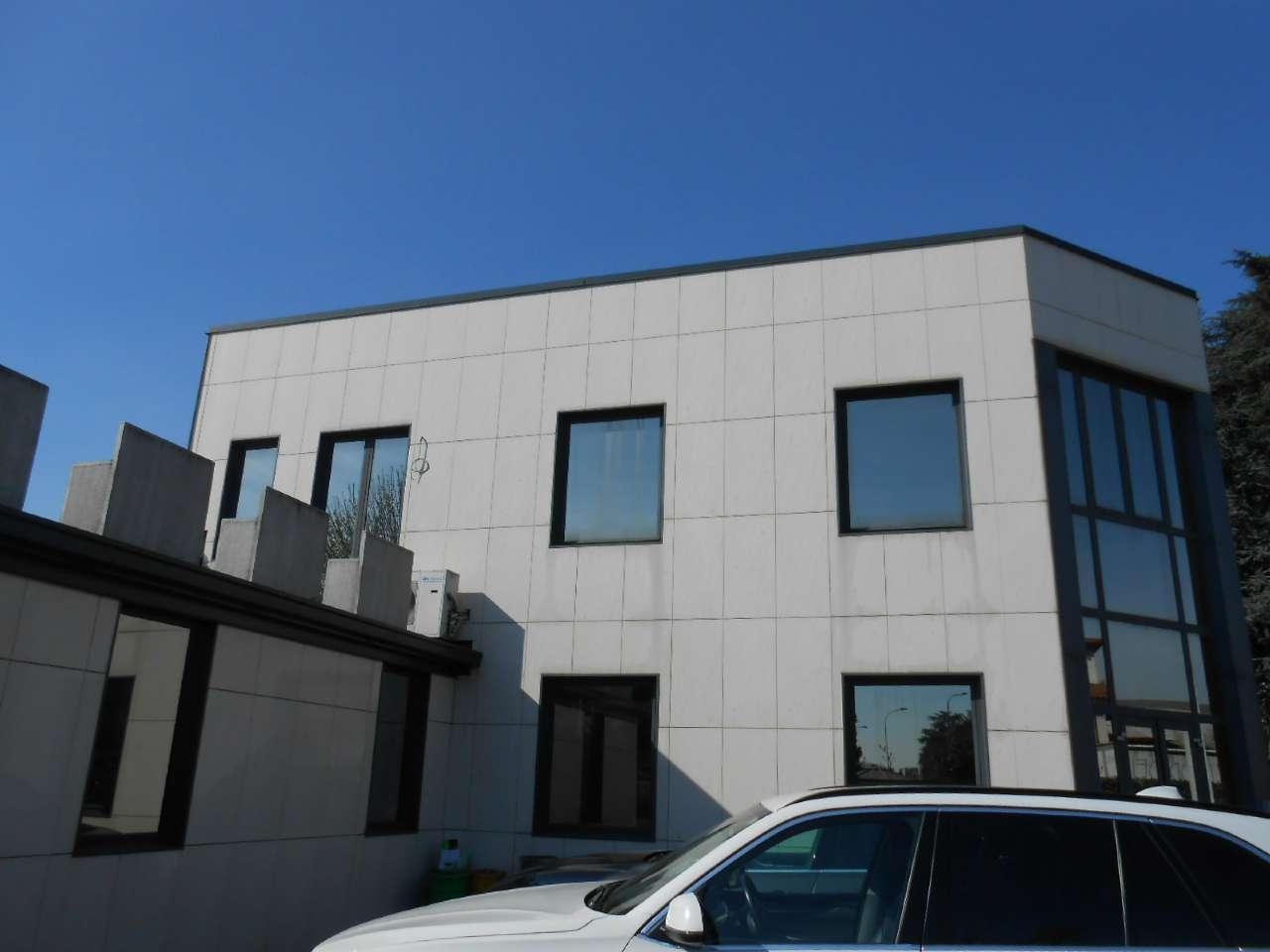 Ufficio / Studio in affitto a Madignano, 6 locali, prezzo € 3.160 | PortaleAgenzieImmobiliari.it
