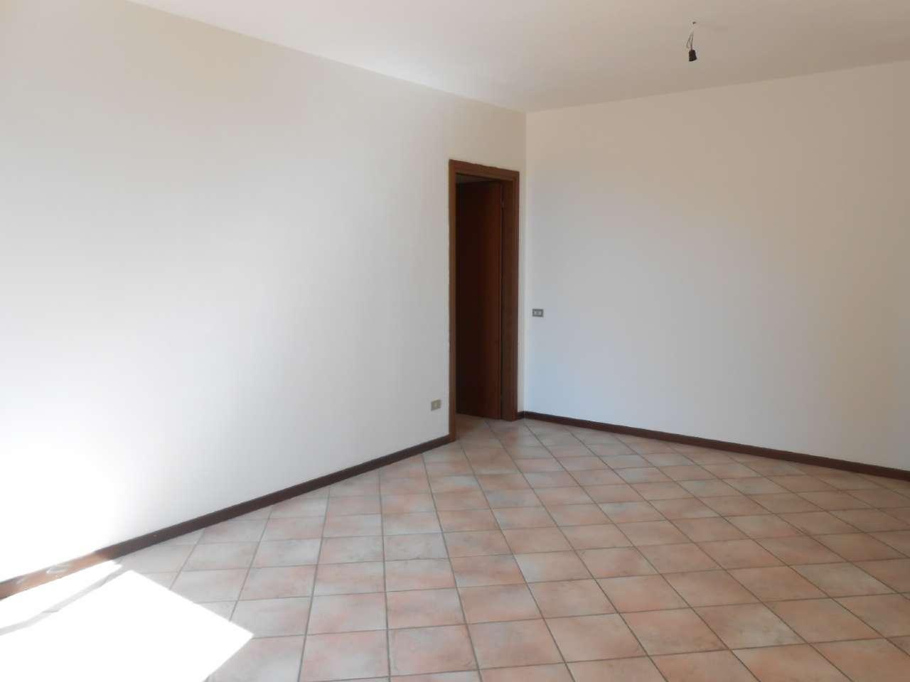 Appartamento in vendita a Bagnolo Cremasco, 3 locali, prezzo € 97.000   PortaleAgenzieImmobiliari.it