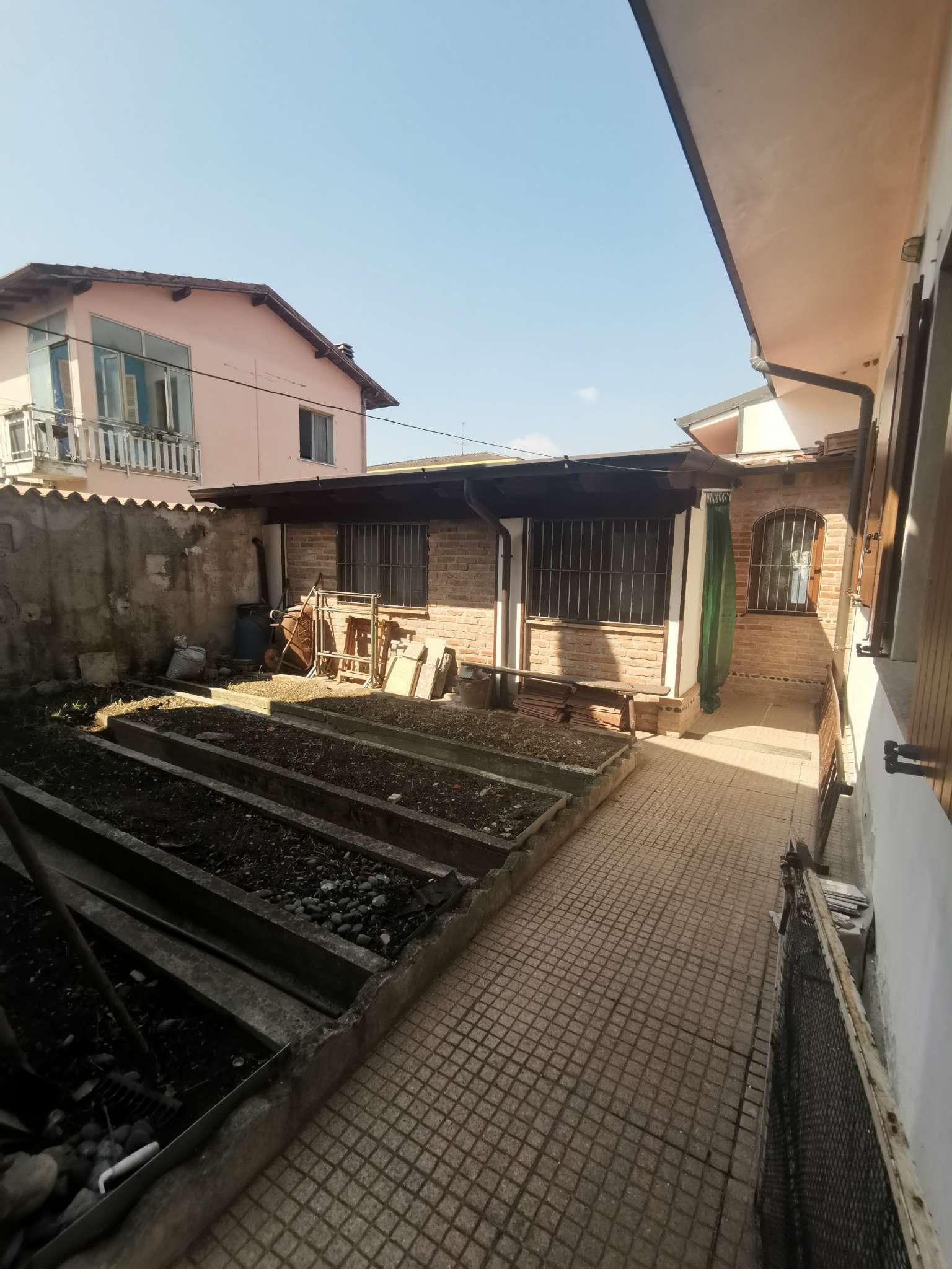 Villa in vendita a Monte Cremasco, 3 locali, prezzo € 150.000 | PortaleAgenzieImmobiliari.it