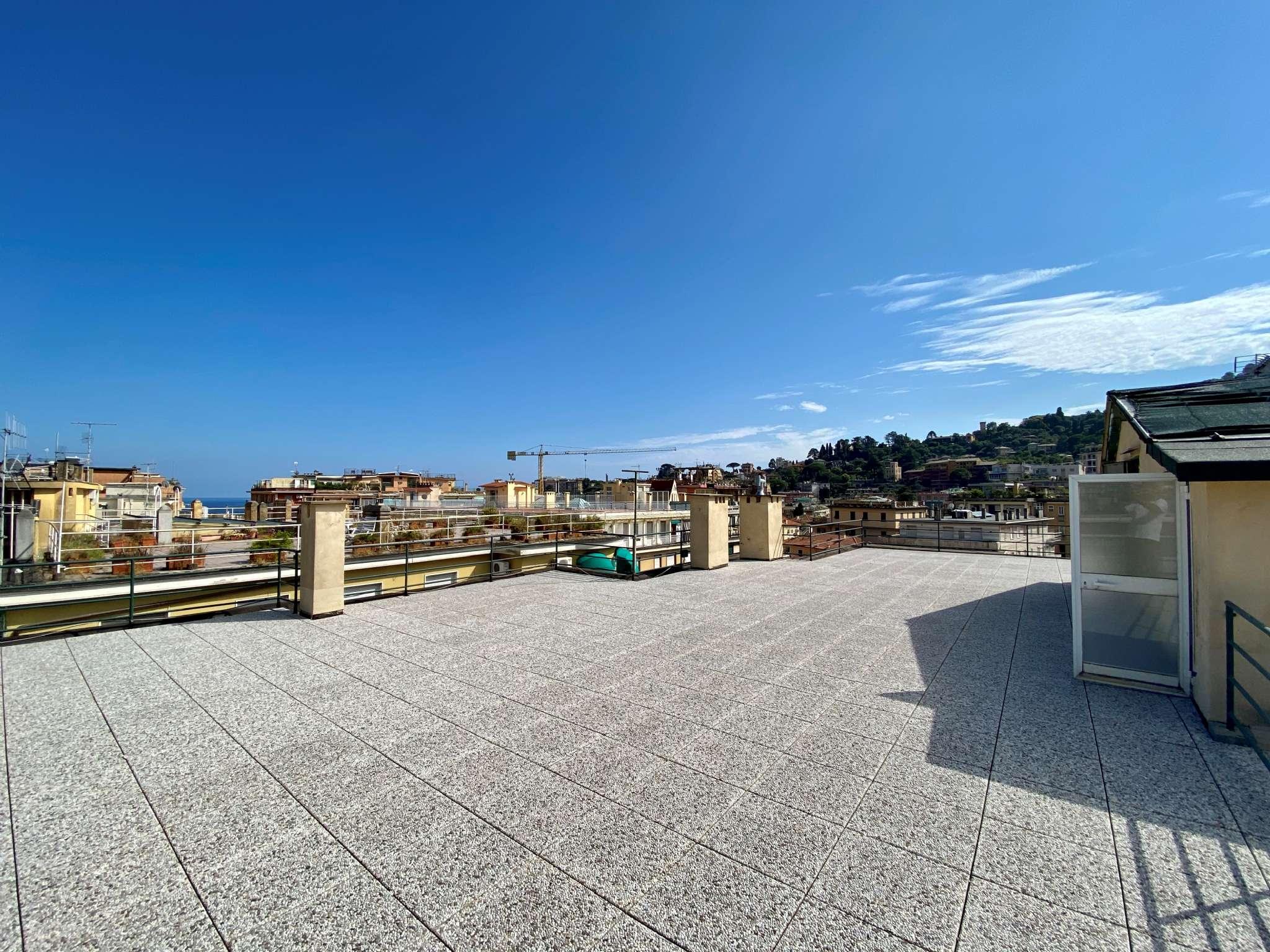 Attico / Mansarda in vendita a Rapallo, 6 locali, prezzo € 449.000 | PortaleAgenzieImmobiliari.it