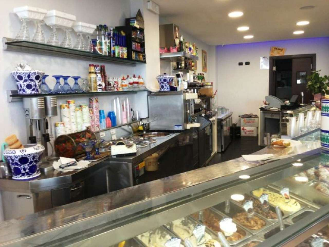Bar in vendita a Giardini-Naxos, 3 locali, prezzo € 170.000   CambioCasa.it
