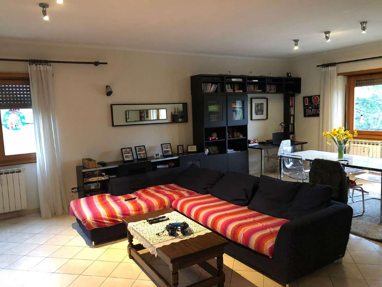 Appartamento in vendita a Roma, 4 locali, zona Zona: 22 . Eur - Torrino - Spinaceto, prezzo € 730.000 | CambioCasa.it