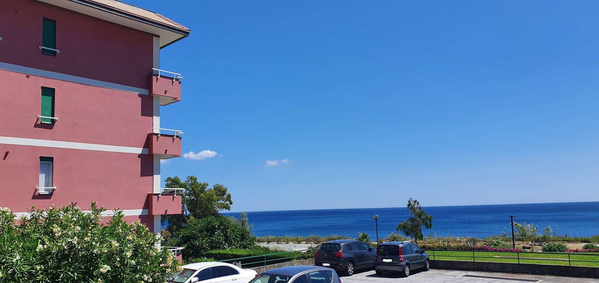 Appartamento in vendita a Arenzano, 5 locali, prezzo € 340.000 | PortaleAgenzieImmobiliari.it