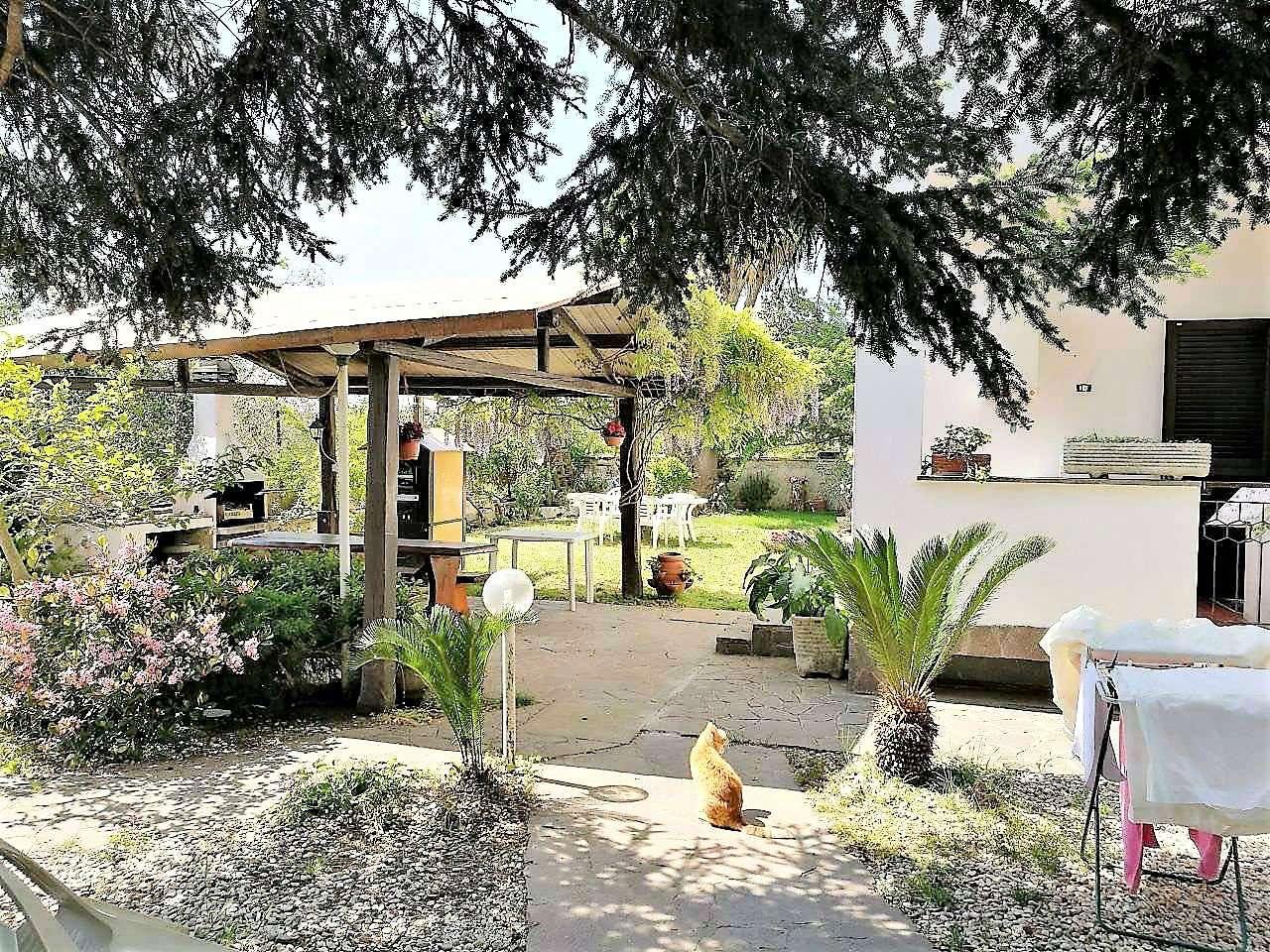 Villa Bifamiliare in vendita a Roma, 8 locali, zona Zona: 24 . Gianicolense - Colli Portuensi - Monteverde, prezzo € 398.000 | CambioCasa.it