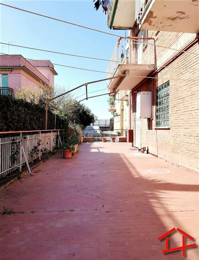 Appartamento in vendita a Roma, 2 locali, zona Zona: 40 . Piana del Sole, Casal Lumbroso, Malagrotta, Ponte Galeria, prezzo € 155.000   CambioCasa.it