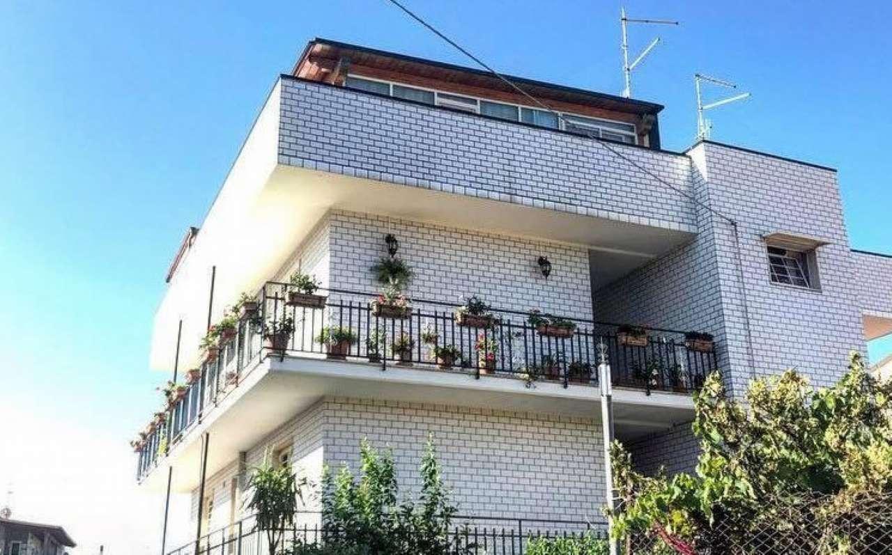 Soluzione Indipendente in vendita a Sannicandro di Bari, 5 locali, prezzo € 360.000 | CambioCasa.it