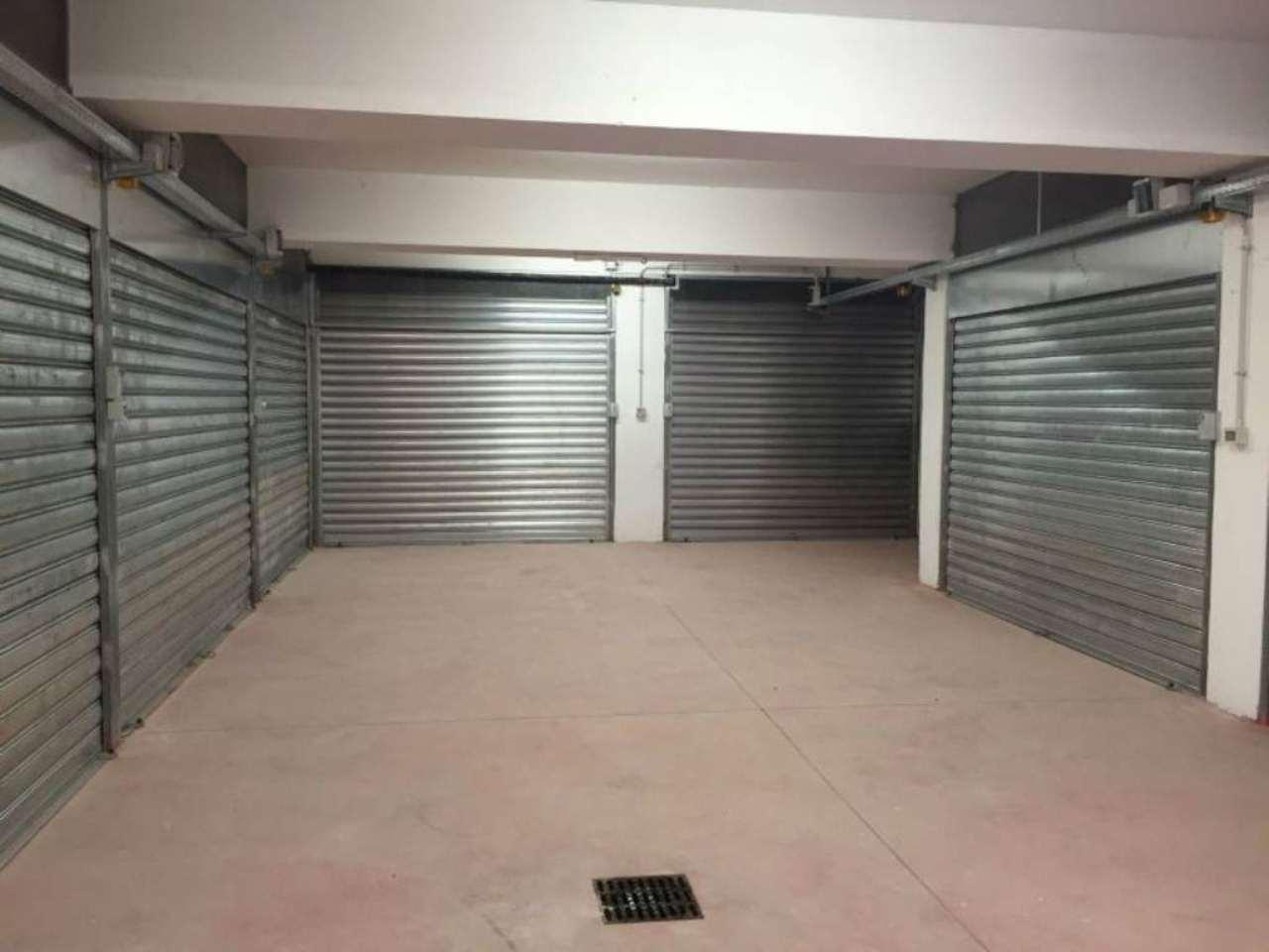 Box / Garage in vendita a Roma, 1 locali, zona Zona: 20 . Marconi - Ostiense, prezzo € 99.000 | CambioCasa.it
