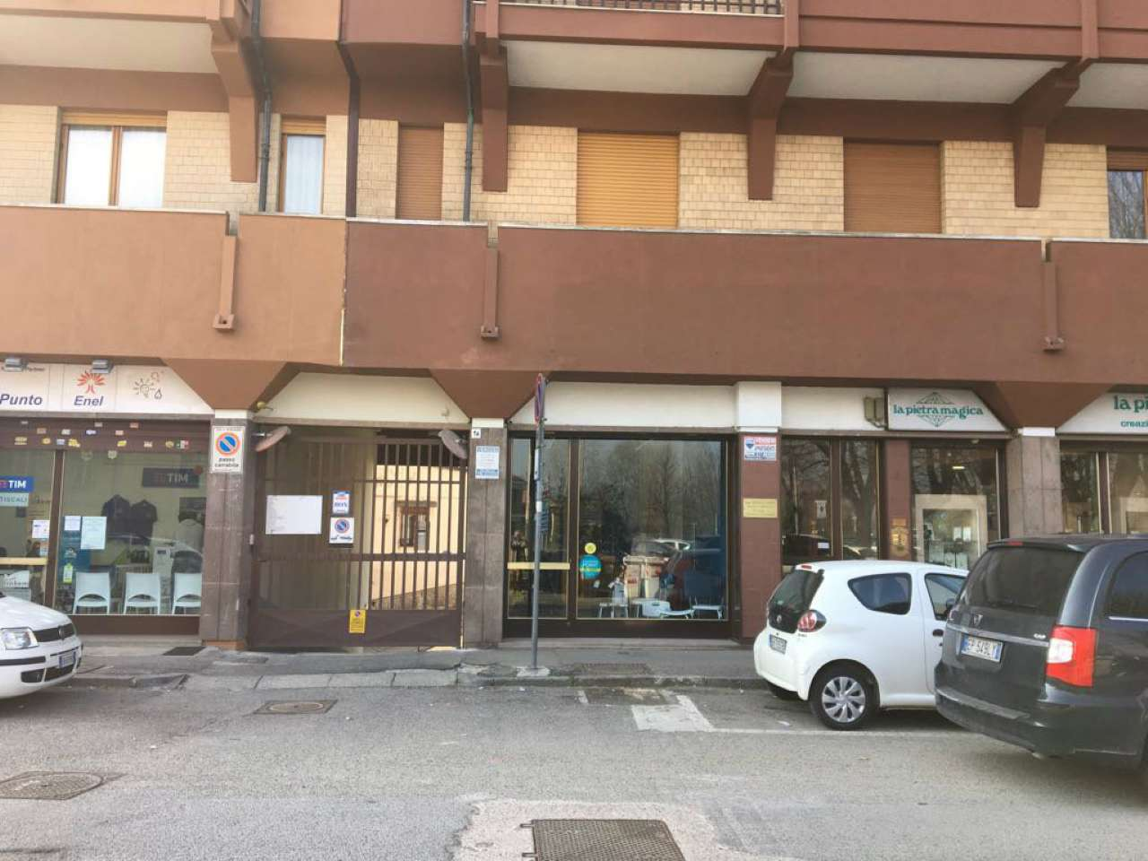 Negozio / Locale in affitto a Moncalieri, 1 locali, prezzo € 600 | CambioCasa.it
