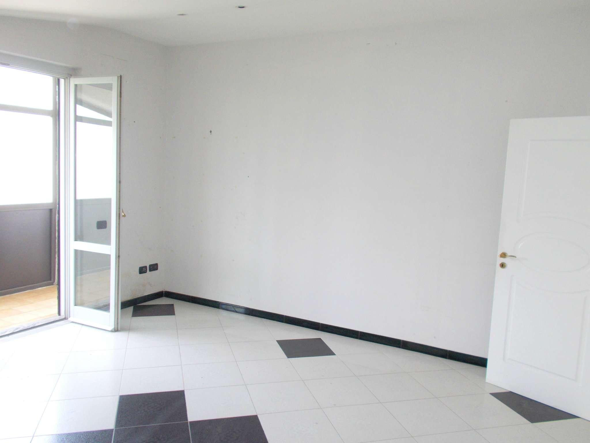 Appartamento in vendita a Arienzo, 4 locali, prezzo € 80.000 | CambioCasa.it