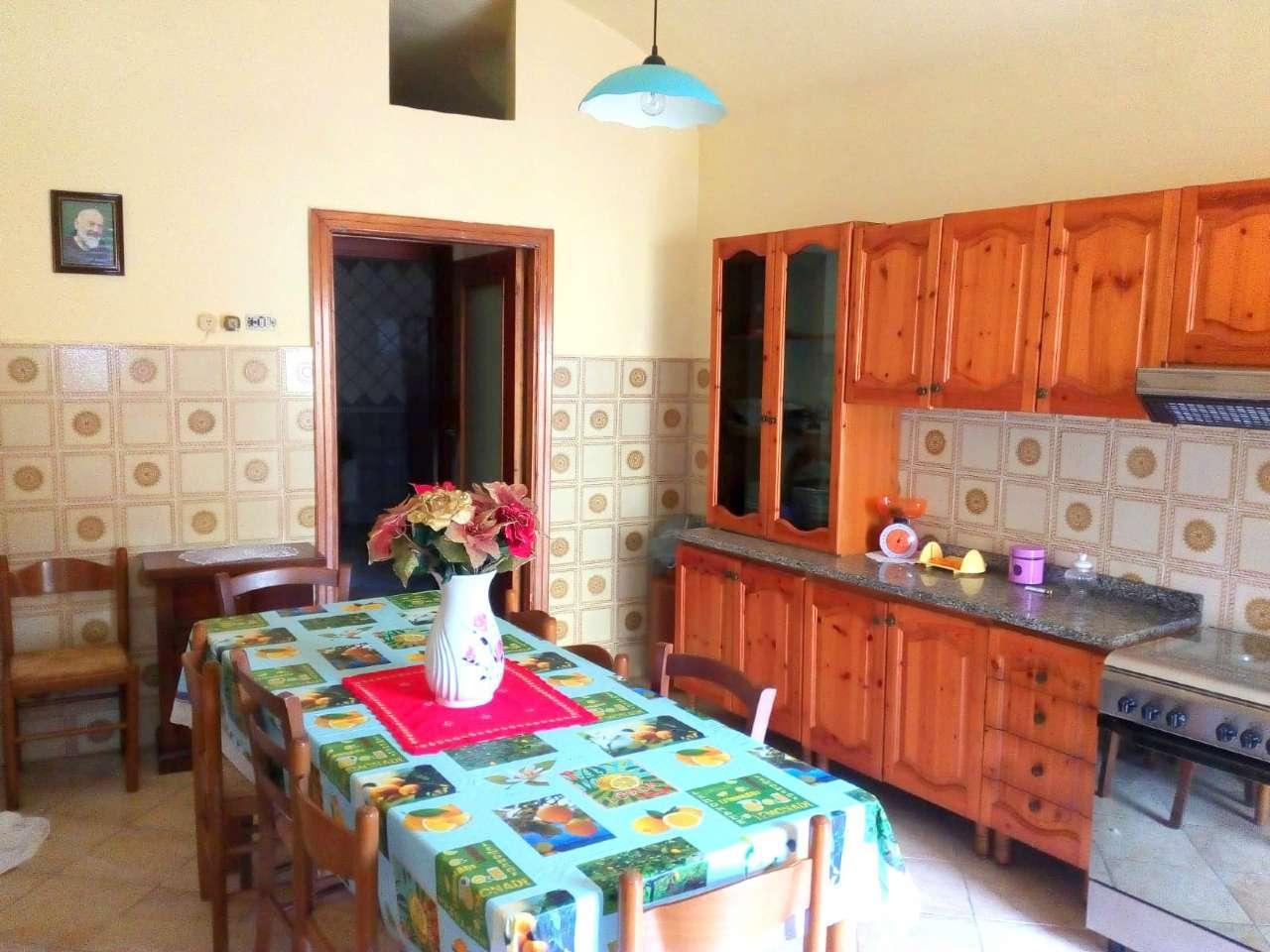 Soluzione Semindipendente in vendita a Cervino, 4 locali, prezzo € 33.000 | CambioCasa.it