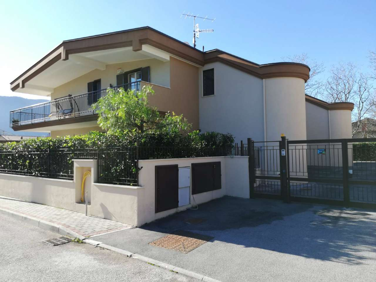Appartamento in vendita a Arienzo, 5 locali, prezzo € 145.000 | CambioCasa.it